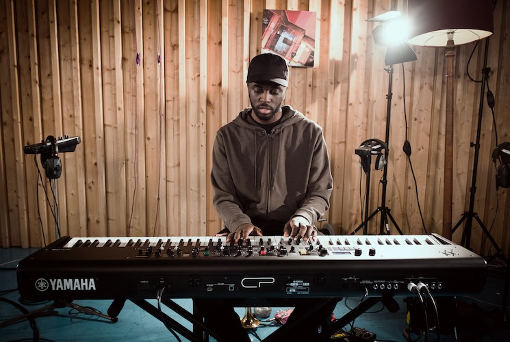 "Yamaha Synthesizer Artist Alfa Mist Live Music Video ""Retainer"""